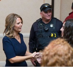 Dr. Kelli Ward supports law enforcement